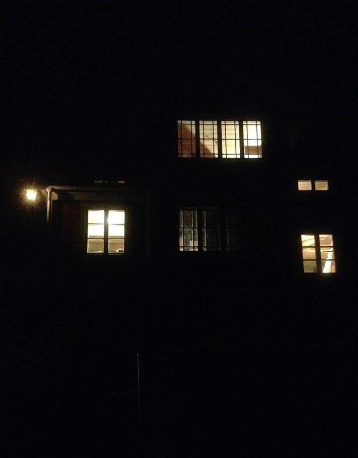 mörkt_hus