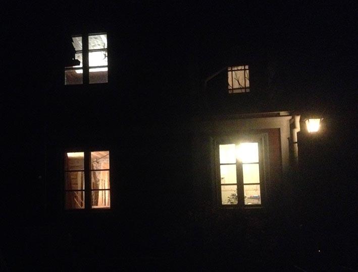 mörkthus